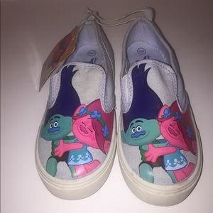 Little girls Trolls canvas shoes